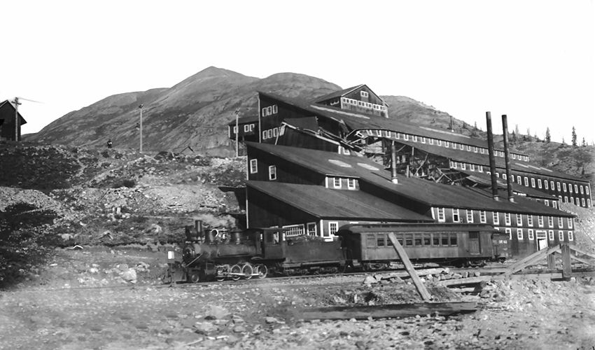 Gold Prince Mill at Animas Forks with Silverton Gladstone & Northerly engine and combination car about 1917.